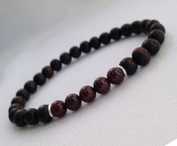 Tiger ebony and Garnet bracelet