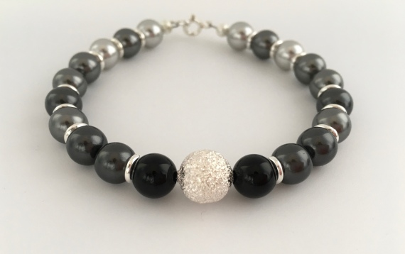 Shades of Grey bracelet with Swarovski pearls
