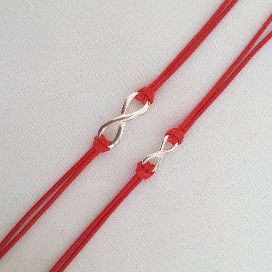 """""""Forever"""" infinity red string bracelets. Perfect for couples or families."""