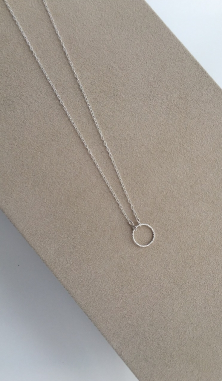 """Love you forever"" Single Circle, Sterling silver necklace with infinity connectors. A thoughtful gift for your girlfriend, fiancé or daughter."