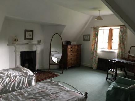 Top flat, master bedroom.